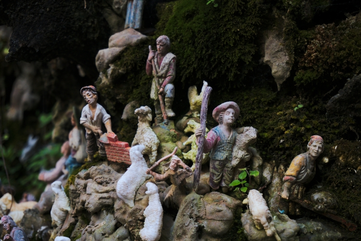 Amalfi Nativity Fountain (ArtandTheology.org)