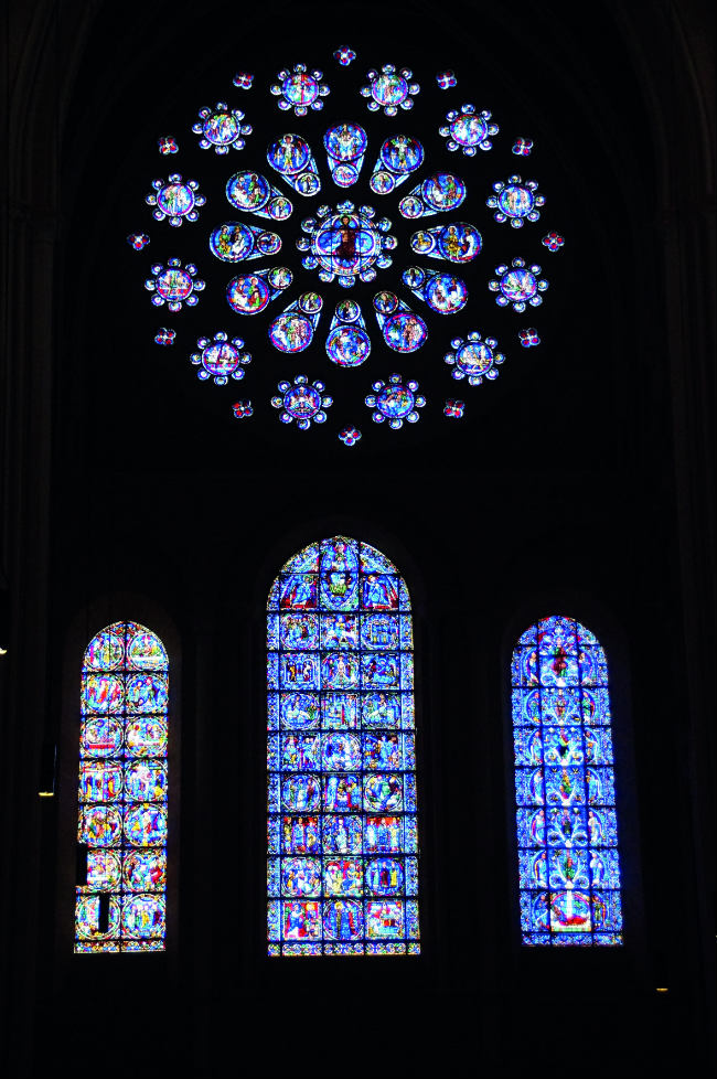 Lancet windows, Chartres