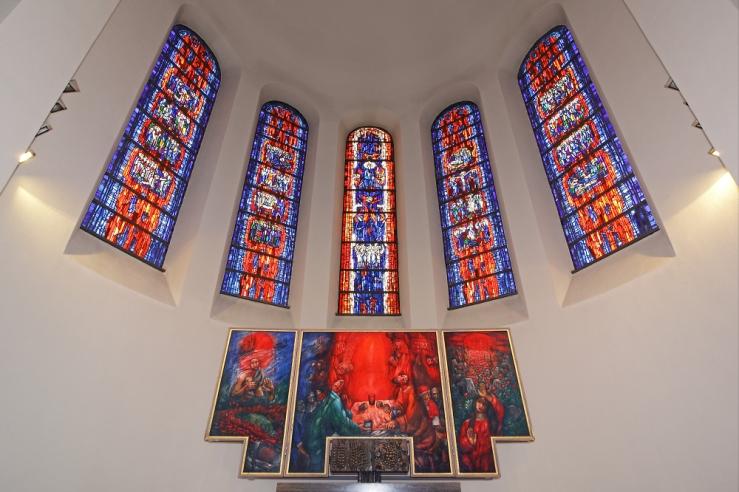 Koder, Sieger_Wasseralfingen Altarpiece (wide shot)