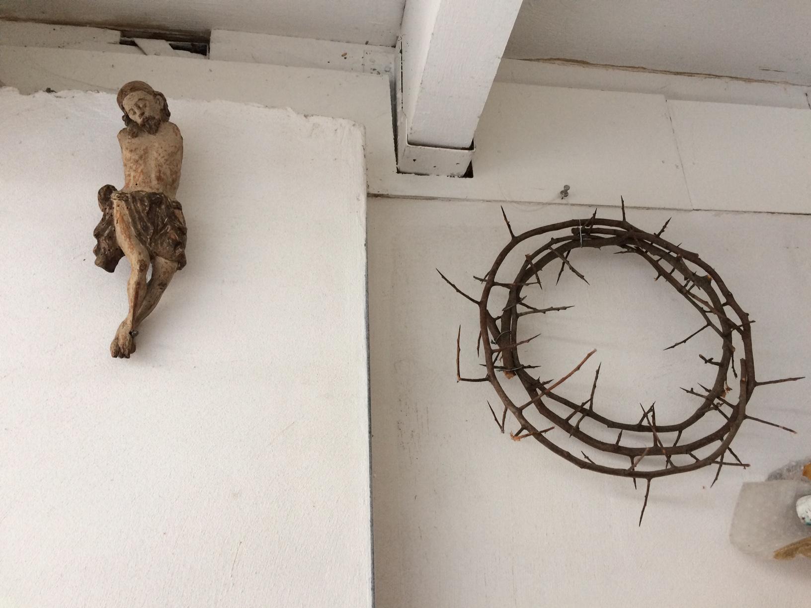 Paul van Dongen studio with crown of thorns